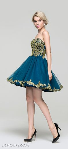 Old time glamour and modern design combine to create this  A-line sweetheart mini tulle lace Homecoming dress! #JJsHouse