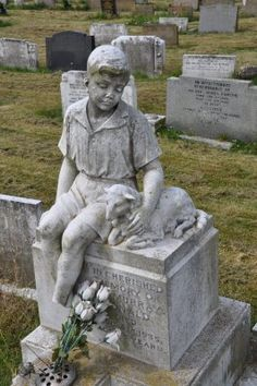 The Graveyard Detective: A Boy with a Lamb