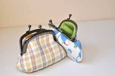 Free Purse Pattern and Tutorial - Coin Purse