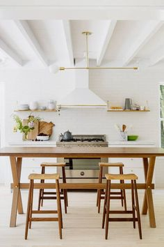 Serene and Simple in the Hamptons – Greige Design