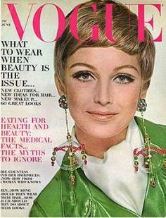 Vintage Vogue magazine covers - mylusciouslife.com - Vintage Vogue June 1967.jpg