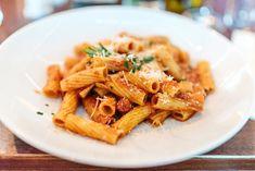 Wir bieten Ihnen nicht nur regionale sondern auch mediterrane Küche in unserem Restaurant Giorgio. Restaurant, Ethnic Recipes, Food, Mediterranean Style Kitchen Designs, Diner Restaurant, Essen, Meals, Restaurants, Yemek