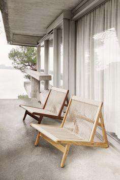 Danish Furniture, Home Furniture, Furniture Design, Outdoor Furniture, Lino Natural, Outdoor Chairs, Outdoor Decor, American Walnut, Cabinet Makers