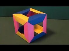 立方体を折り紙で作りました。意外と簡単にできます。The cube was made from origami. It can do simply with it being unexpected. Designed by traditional ▼他にもいろいろな折り紙の折り方を紹介しています。 My Orig...
