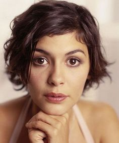 Audrey Tautou, Haircuts For Wavy Hair, Short Hairstyles For Women, Hairstyles Haircuts, Short Haircuts, Medium Hairstyles, French Hairstyles, Wedding Hairstyles, Gorgeous Hairstyles
