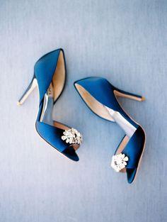 Organic Something Blue Wedding Inspiration - Photography : Rachel Solomon Gold Wedding Shoes, Designer Wedding Shoes, Manolo Blahnik, Badgley Mischka Shoes Wedding, Something Blue Wedding, Blue Heels, High Heels, Bride Shoes, Wedding Inspiration