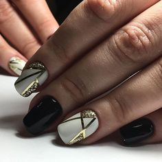 Абстракция..!!!❤❄️#ногтилук #калининградгельлак #калининградманикюр #калининградногти #ногтикалининград #маникюркалининград #маникюрнадому #гельлаккалининград #nails #nailart #nailartist #nailartclub #manicure
