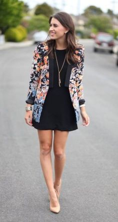 Womens clothes shops exeter floral blazer outfit, black dress outfits, blazer outfits for women Adrette Outfits, Blazer Outfits For Women, Blazers For Women, Casual Outfits, Fashion Outfits, Work Outfits, Sweater Outfits, Casual Wear, Batman Outfits