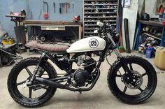 Vídeo: oficina Bendita Macchina customiza motos populares de baixa cilindrada a preços acessíveis ...