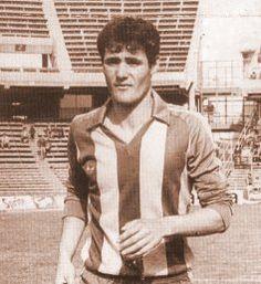 Juanchi Taberna, el máximo artillero en un partido de Primera División con 7 tantos.  http://banfieldlocura.com.ar/locos-x-banfield/sociales/1910-a-37-anos-de-la-mayor-goleada-de-primera-division