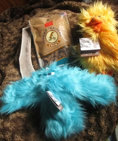 BartleysForDogs.com sells USA made and organic dog toys, treats and chews for pets at reasonable prices. With each purchase, they donate to help a rescue dog in need. Your order includes a code that you put in on the Bartleys website so you can see a picture and story for the exact dog that your order helped! Great cause for pet lovers.