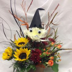 A happy arrangement with a halloween theme
