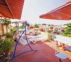 Sunlit #terrace at our #villa of the week: #Casa Cariño! #havana #cuba #travel #travelgram #visitcuba #cubatravel #vacation #holiday #sunshine #caribbean #caribbeansea #holidayrental
