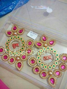 Diwali Diya, Diwali Craft, 5 Min Crafts, Easy Diy Crafts, Diwali Decorations, Festival Decorations, Art N Craft, Craft Work, Kalash Decoration