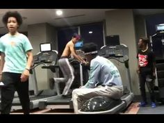 EPIC GYM WORKOUTS WITH AYO, TEO, RICH HOMIE KEY AND HASANI | @ogleloo @shmateo @richhomiekey Video Description SUBSCRIBE and Turn on the Notification Bell () This video shows how Ayo and Teo works out at the gym with Hasani and Rich Homie Key @ogleloo @shmateo @richhomiekey @therealhasani - #Videos https://healthcares.be/videos/workout-tips-video-epic-gym-workouts-with-ayo-teo-rich-homie-key-and-hasani-ogleloo-shmateo-richhomiekey/