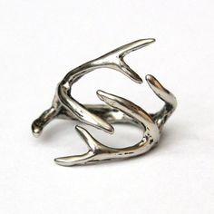 MOON RAVEN DESIGN - Parmağımdaki geyik