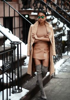 Fashion: trends, outfit ideas, what to wear, fashion news and runway looks Style Work, Mode Style, Winter Date Night Outfits, Winter Outfits, Look Fashion, Womens Fashion, Fashion Trends, High Fashion, Fashion Glamour