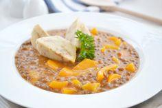 Das Rezept für das leckere #Linsengulasch wird Ihnen im Nu gelingen. Das Gericht schmeckt würzig und ist gesund.