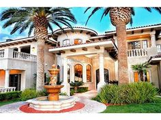 6 Bedrooms, 4 Full/2 Three-Qtr/2 Half Bathrooms, 11,354 Sq Ft., Price: $11,200,000, #: 1535082, Listing Courtesy of: Synergy Sothebys International