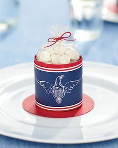 Make this candy container (made to look like Uncle Sam's hat) using our clip art.