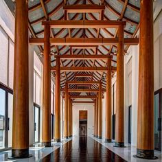 尽快尽快 Asian Interior Design, Asian Design, Chinese Architecture, Architecture Details, Wood Architecture, Hotel Lobby, Resort Villa, Resort Spa, Atrium Design