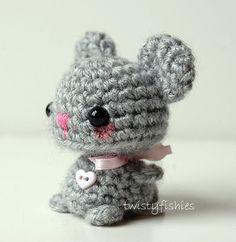 Baby Gray Mouse Kawaii Mini Amigurumi Plush от twistyfishies
