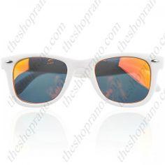 Wayfarer style sunglasses Wayfarer, Ray Bans, Babe, Sunglasses, Style, Fashion, Swag, Moda, Fashion Styles