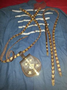 My Rus coat with belts and tarsloy from the Chirnigov and Gnezdovo burial finds Viking Clothing, Viking Age, Iron Age, Amazons, Hungary, Belts, Medieval, Jewellery, History