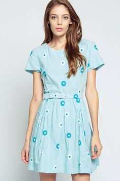 60s Day Dress Floral Mini SEERSUCKER Blue White by ShopExile