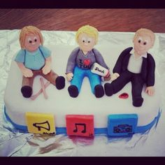 Hanson Cake made by a friend for her Bday and 2 others bdays for her friends ;) SIO Cake Shout It Out ❤