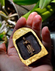 The Pocket Shrine by TheSaffronRabbit on Etsy