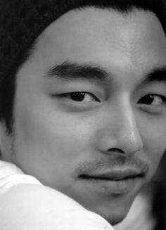 Gong Yoo...those eyes XP