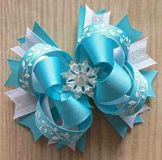 Frozen Aqua Snowflake Glitter Boutique Hair Bow by JadyBugBows Ribbon Hair Bows, Diy Hair Bows, Diy Bow, Glitter Ribbon, White Glitter, Boutique Bows, Frozen Bows, Barrettes, Hairbows