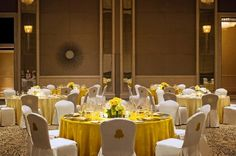 The St. Regis Saadiyat Island Resort, Abu Dhabi—The Regal Ballroom - Table Setup Hall Interior, Interior Walls, Interior Design, Function Hall, Corridor Design, Island Resort, The St, Bed And Breakfast, Banquet