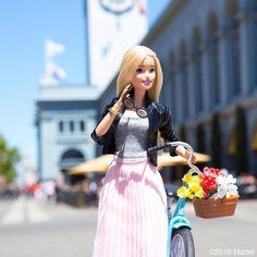 48.6 тыс. отметок «Нравится», 156 комментариев — Barbie® (@barbiestyle) в Instagram: «Sunday morning market finds at the Ferry Building! #barbie #barbiestyle»
