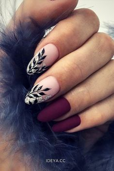 Looking for easy nail art ideas for short nails? Look no further here are are quick and easy nail art ideas for short nails. Classy Nails, Trendy Nails, Simple Nails, Cute Nail Designs, Acrylic Nail Designs, Dark Nail Designs, Beautiful Nail Designs, Hair And Nails, My Nails