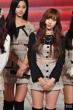 (画像26/28)TWICE、美脚全開で「Wake Me Up」パフォーマンス<レコ大> Blackpink Fashion, Korea Fashion, Kawaii Fashion, Fashion Outfits, Stage Outfits, Kpop Outfits, Korean Outfits, Kpop Girl Groups, Kpop Girls