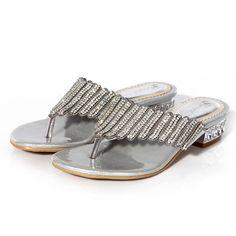 8aecd6c51d1c 2017 Summer Elegance Sexy Girl Flip-Flops Silver Rhinestone Slippers Flats  Heel Sandals Women Shoes