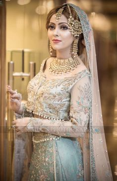 Bridal Mehndi Dresses, Asian Wedding Dress, Pakistani Wedding Outfits, Bridal Dress Design, Asian Bridal, Wedding Dresses For Girls, Pakistani Wedding Dresses, Bridal Outfits, Bridal Lehenga