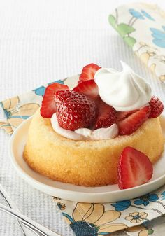 Creamy Strawberry Shortcakes – Dollops of strawberry preserves and cream cheese give these luscious strawberry shortcakes added flavor and creaminess!