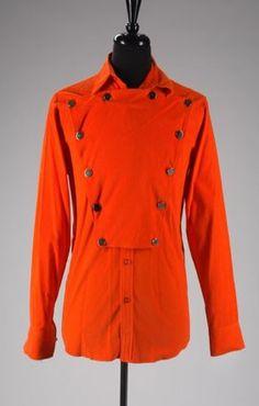 Michael Jackson Outfits, Michael Jackson Merchandise, The Jacksons, Suits, Motorcycle Jacket, Ideias Fashion, Rain Jacket, Windbreaker, Raincoat