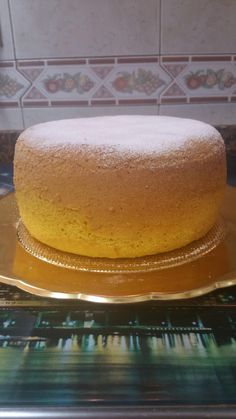 Crazy Cakes, Flan, Bread Recipes, Cupcake Cakes, Alcoholic Drinks, Bakery, Food And Drink, Desserts, Anna Olson