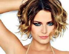 Dalgalı Kısa Saç Kesimleri ve Modelleri 2015