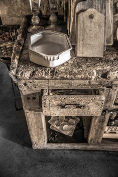 Wabi Sabi, Tuscan Decorating, Interior Decorating, Meas Vintage, Loft Apartment Decorating, Italy House, Rustic Bathroom Designs, Rustic Luxe, Rustic Interiors
