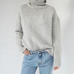 Basic Turtleneck Knit Pullover