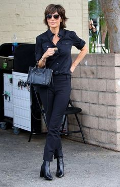 Lisa Rinna Photos - Lisa Rinna Lunches in Beverly Hills - Zimbio