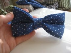 how to make a bowtie, which I will be doing on a smaller scale for my lil man! :)