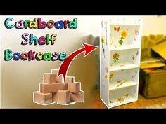Awesome crafts that you can do with cardboard - super resistant bookcase DIY Cardboard Organizer, Cardboard Box Crafts, Cardboard Furniture, Cardboard Playhouse, Cardboard Castle, Playhouse Furniture, Craft Tables With Storage, Diy Storage Boxes, Recycler Diy