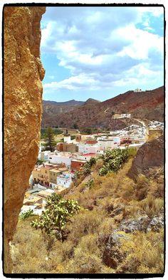#Alboloduy - altes maurisches weißes Dorf in #Almeria. Ribera de Andarax. #Bodega mit tollen Weinen im Ort.