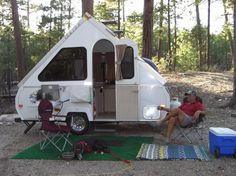 a liner pop-up campers | Aliner or Chalet A frame pop up camp trailer? Also looks like my old greyhound maya.